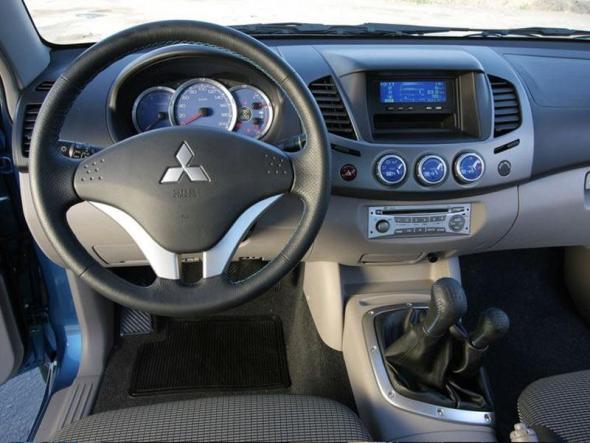 Mitsubishi L200 modelo 2012: precio, ficha técnica, imágenes y lista