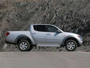 Mitsubishi L200 modelo 2012: precio, ficha técnica, imágenes y lista de rivales