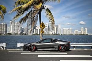 360 Forged Carbon Ferrari F430 ¡!!Lindo y llamativo!!!