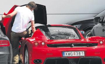 El-Ferrari-Enzo-de-Ibrahimovic-4.jpg