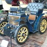 El Fiat 3 ½ HP (a veces llamado Fiat 4 HP) fue el primer modelo de automóvil construido por la entonces naciente fábrica italiana de Turín, Fiat, entre 1899 y 1900.Fue diseñado por el ingeniero Enrico Bernardi, quien inventó un pequeño triciclo de gasolina, hasta la fecha considerado el primer carro italiano, cuya producción fue iniciada por la empresa Mirari & Giusti en 1894.