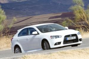 Mitsubishi Lancer Sportback 2012: precio, imágenes y lista de rivales