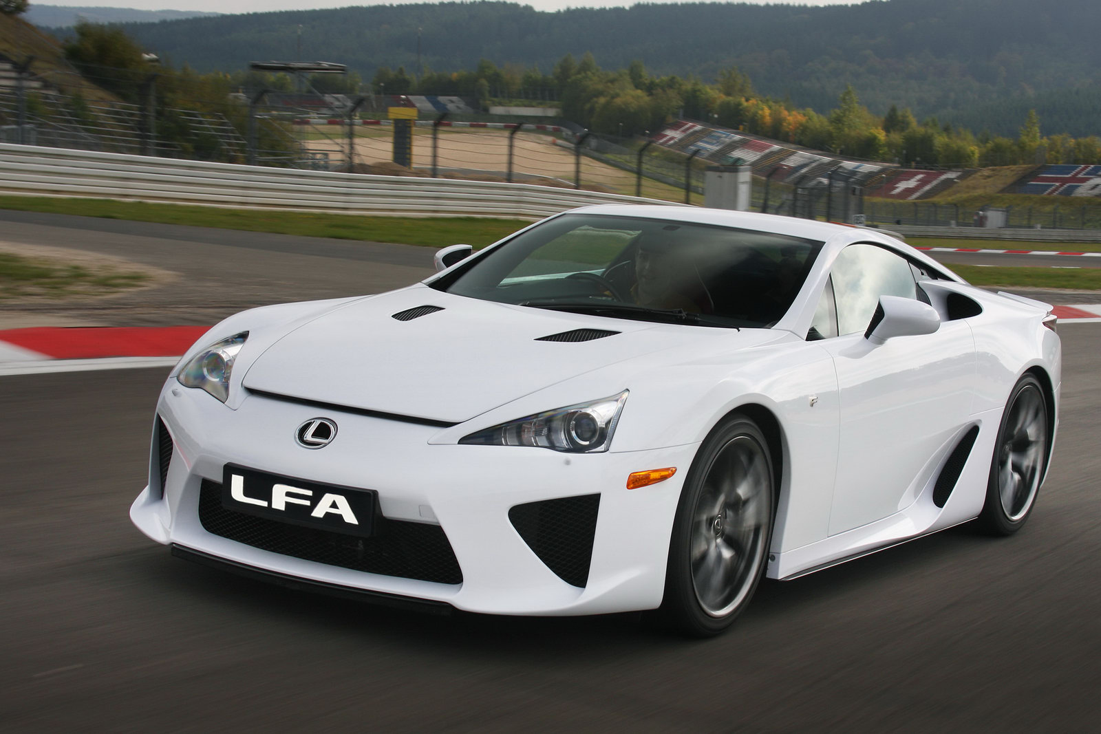 lexus lfa 2012 potente motor y grandes prestaciones lista de carros. Black Bedroom Furniture Sets. Home Design Ideas