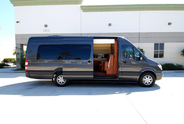 Mercedes benz becker jetvan sprinter usa un motor de 3 0 for Mercedes benz sprinter usa
