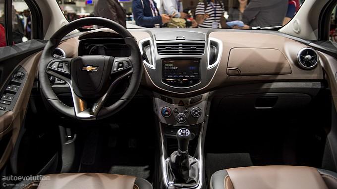 Salón de Buenos Aires 2013 - Chevrolet presenta el Tracker y ya la