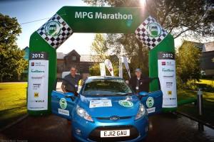 Ford Fiesta ECOnetic Technology: récord en ahorro de combustible