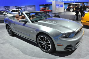 Ford Mustang Convertible 2013: ahora más atractivo, veloz y eficiente
