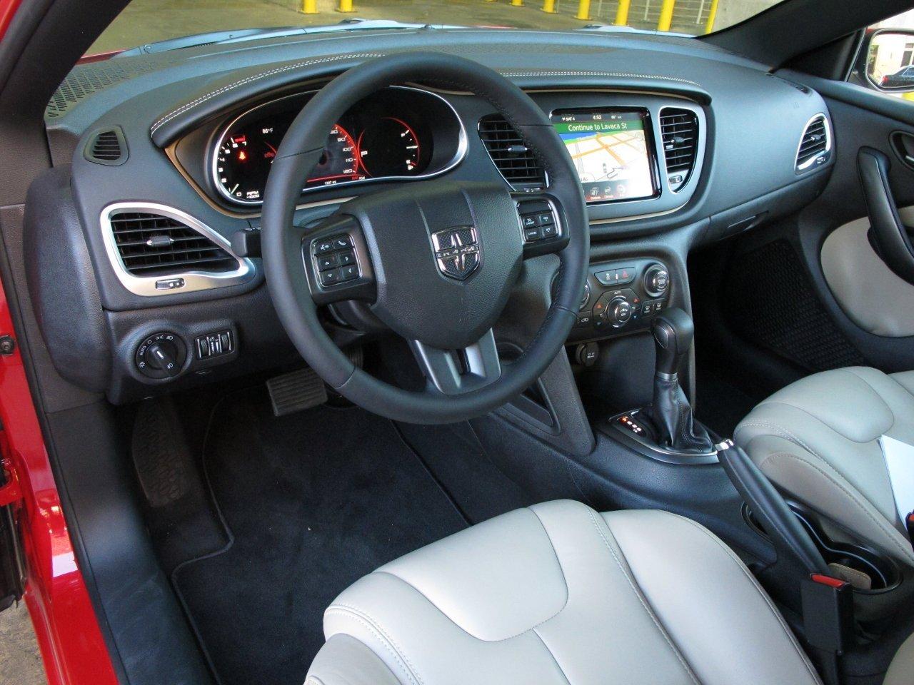 Im 225 Genes Del Interior Del Dodge Dart 2013 Lista De Carros