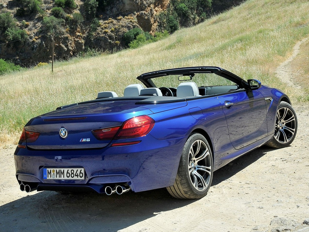 BMW M6 Convertible 2013 | Lista de Carros