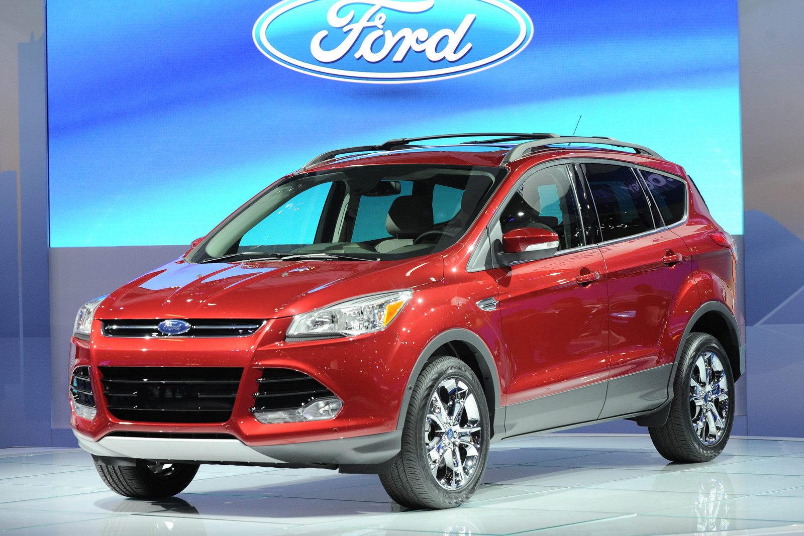 ford escape 2013 espaciosa hermosa e insuperable lista de carros. Black Bedroom Furniture Sets. Home Design Ideas