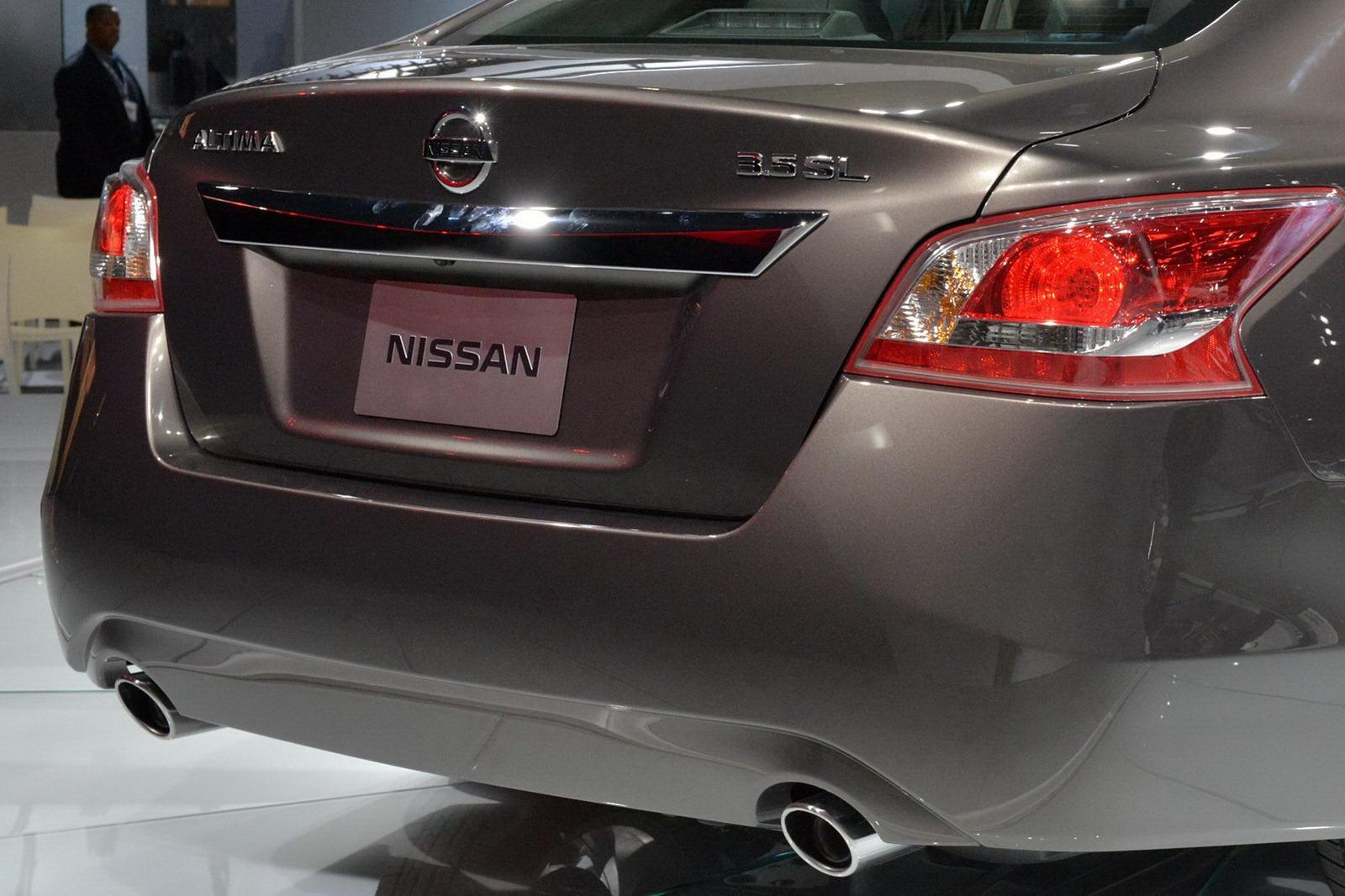 2013: Para EEUU el Nissan Altima Sedán 2013 tiene estos precios