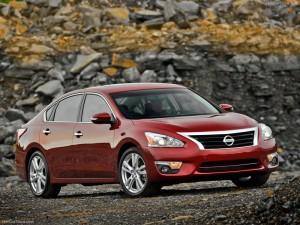 Nissan Altima Sedán 2013: nuevo look, ánimo deportivo y mucha seguridad