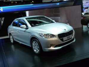 Presentan en México el nuevo Peugeot 301 2013