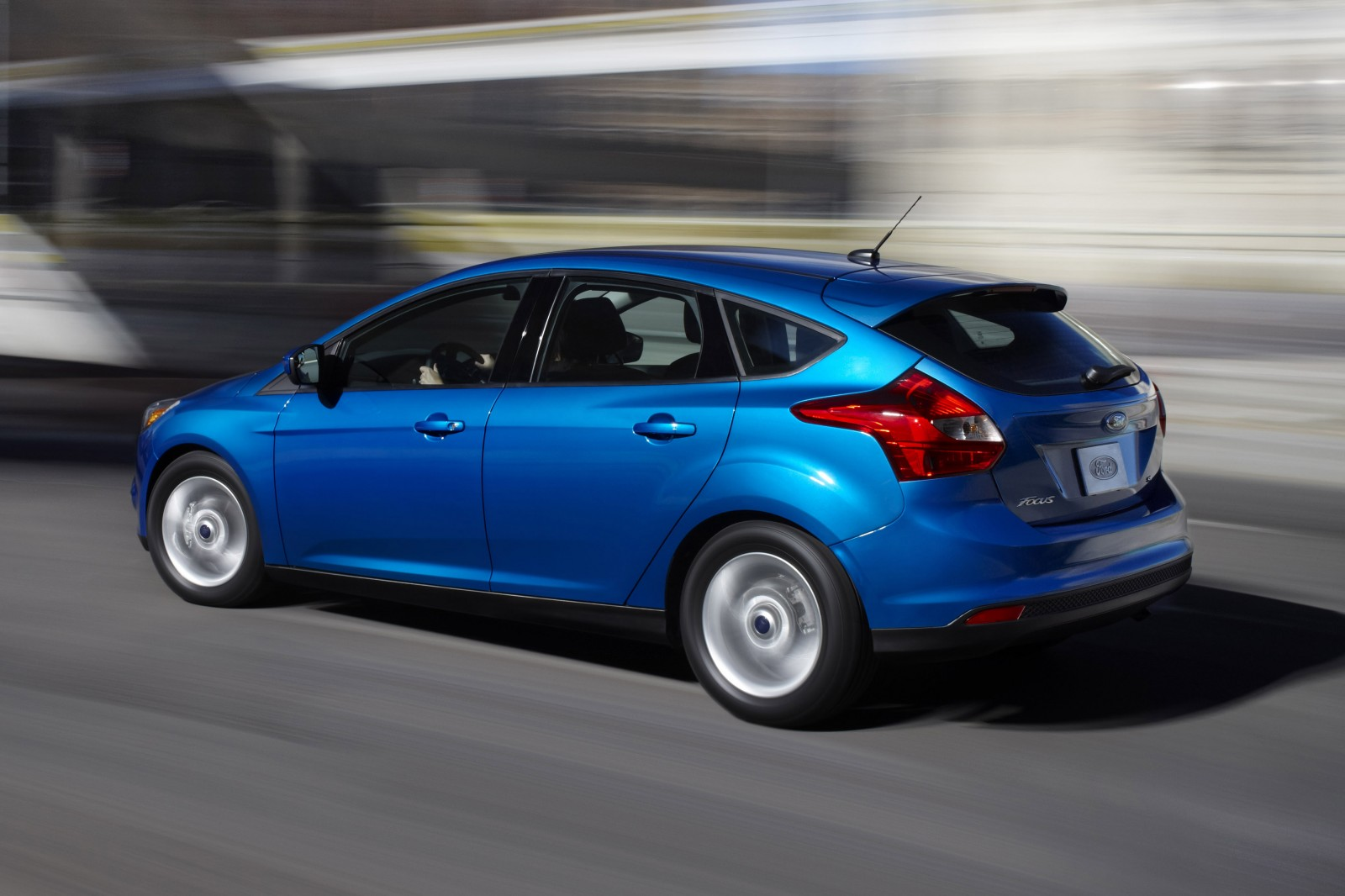 ford focus hatchback 2013 l neas frescas y juveniles lista de carros. Black Bedroom Furniture Sets. Home Design Ideas
