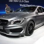Mercedes Benz CLA 2013: Llegará al mercado inicialmente con motores de cuatro cilindros (122CV, 156CV, 211CV y dos diesel con 170CV y 136CV) que se acoplarán a cambio manual de seis velocidades o bien con el cambio automático de doble embrague 7G-DCT de siete marchas.