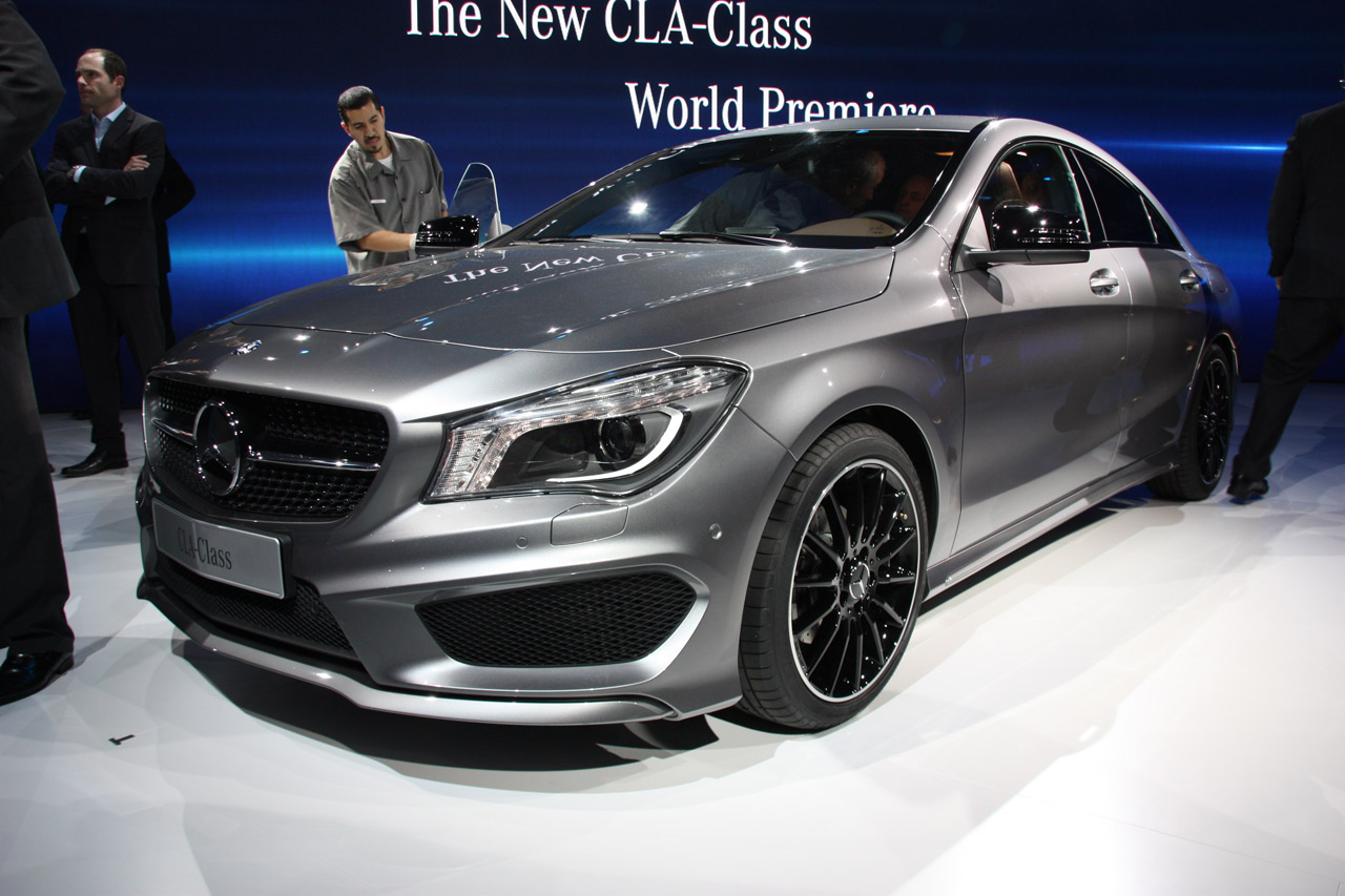 Mercedes benz cla 2013 el nuevo sed n premium alem n for Mercedes benz of usa