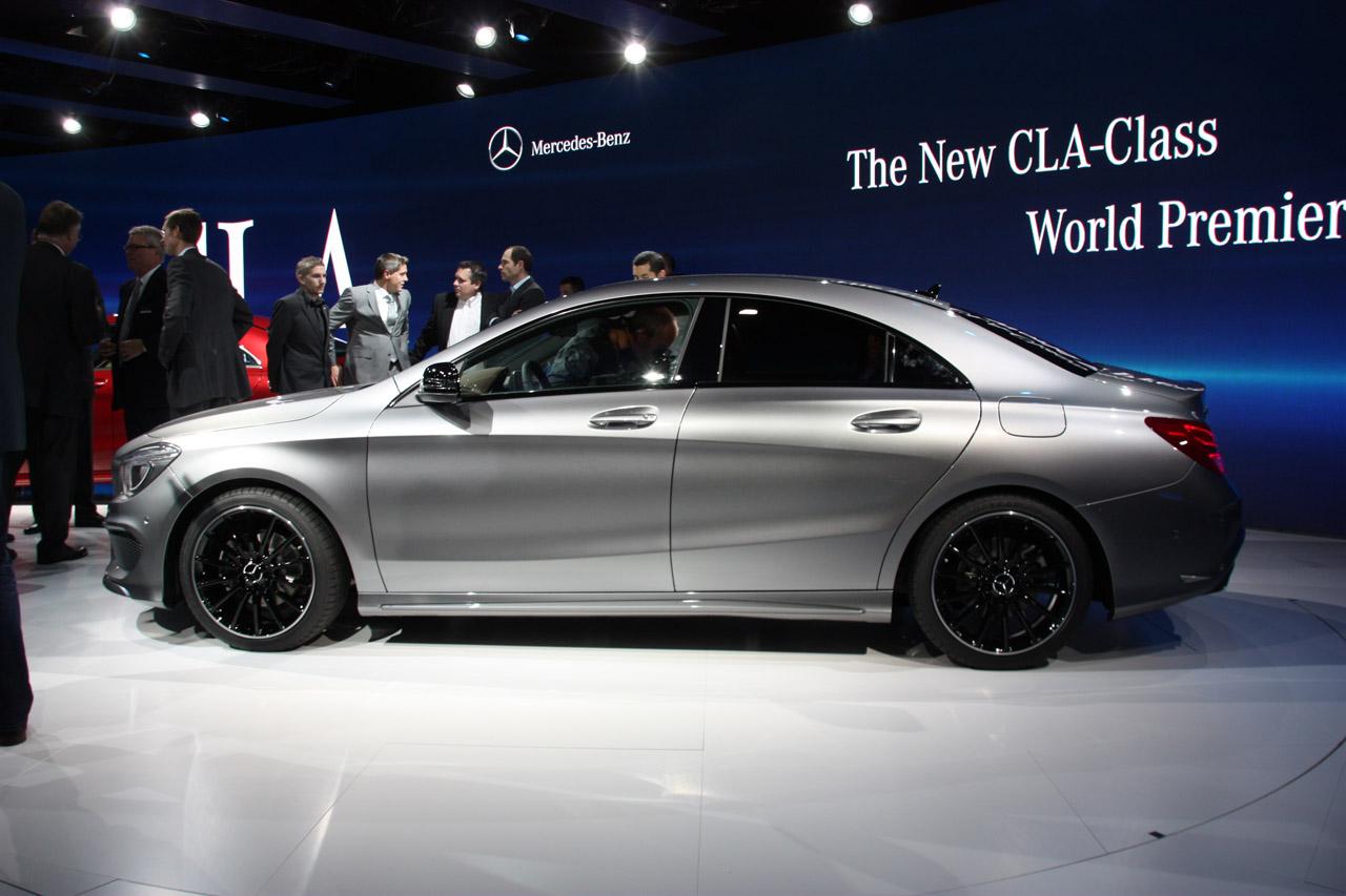 Mercedes benz cla 2013 el nuevo sed n premium alem n for 2013 cla mercedes benz