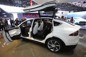 Tesla Model X: una SUV Eléctrica con capacidad para 7 ocupantes