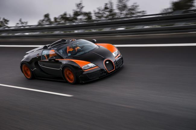 bugatti veyron 16 4 grand sport vitesse el roadster m s r pido del mundo lista de carros. Black Bedroom Furniture Sets. Home Design Ideas