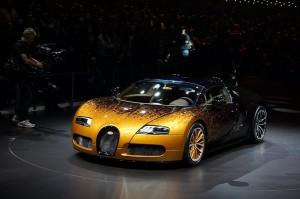 Bugatti Veyron Grand Sport Venet, a gusto de Bernar Venet
