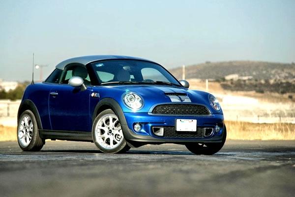 Carros deportivos 2013 hasta de de 30,000 dólares.   Lista de Carros