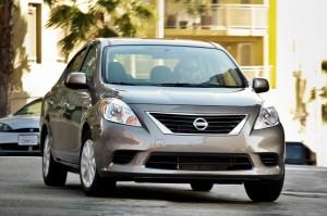 Nissan Versa Sedán 2013: potente y eficiente
