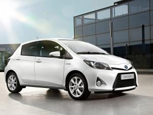 Toyota Yaris Hybrid 2013: ahorro y comodidad