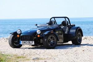 Caterham Seven 485: estilo deportivo, Hot Road y clásico.