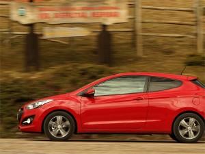 Hyundai i30  tres puertas 2013: juvenil, deportivo y con personalidad propia