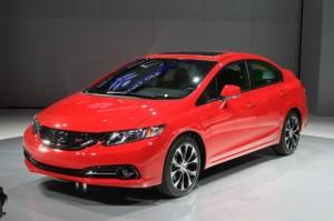 Honda Civic sedán 2013: accesible, exitoso y seguro.