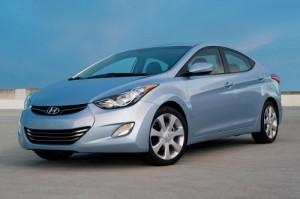 Hyundai Elantra Sedán 2013: comodidad, precio accesible  e impactante diseño