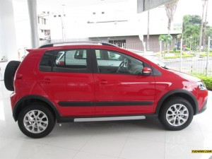 Volkswagen CrossFox 2013: aspecto juvenil y dinámico.