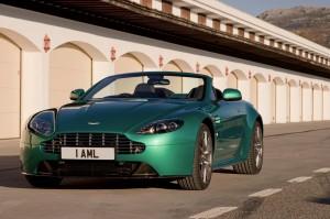 Aston Martin V8 Vantage 2013: confort, prestaciones, lujo y elegancia.