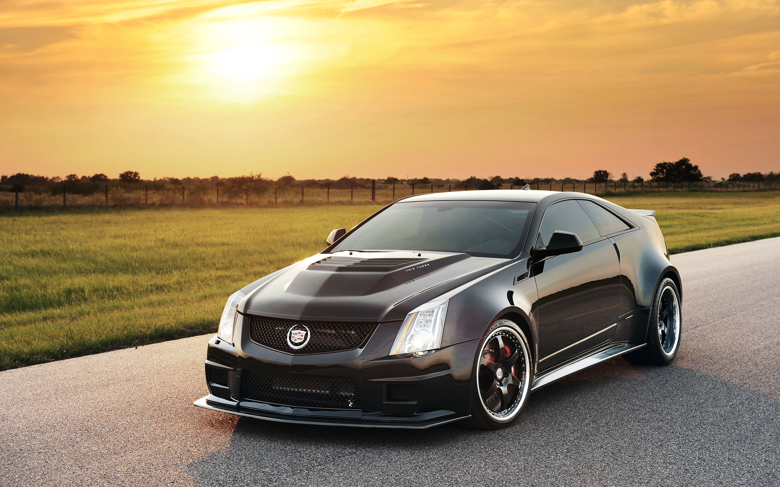 cadillac cts v coupe 2013 lujoso y deportivo lista de carros. Black Bedroom Furniture Sets. Home Design Ideas