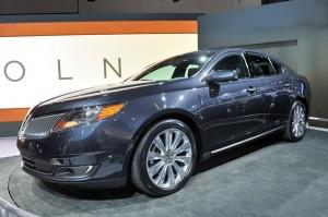 Lincoln MKS 2013: lujo, comodidad y diseño americano puro.