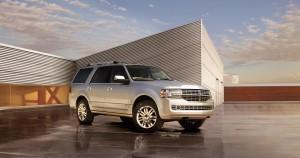 Lincoln Navigator 2013: presencia, robustez, poder y lujo.