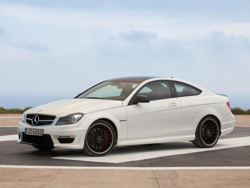 mercedes benz clase c 63 amg coupe 2013 elegancia poder. Black Bedroom Furniture Sets. Home Design Ideas