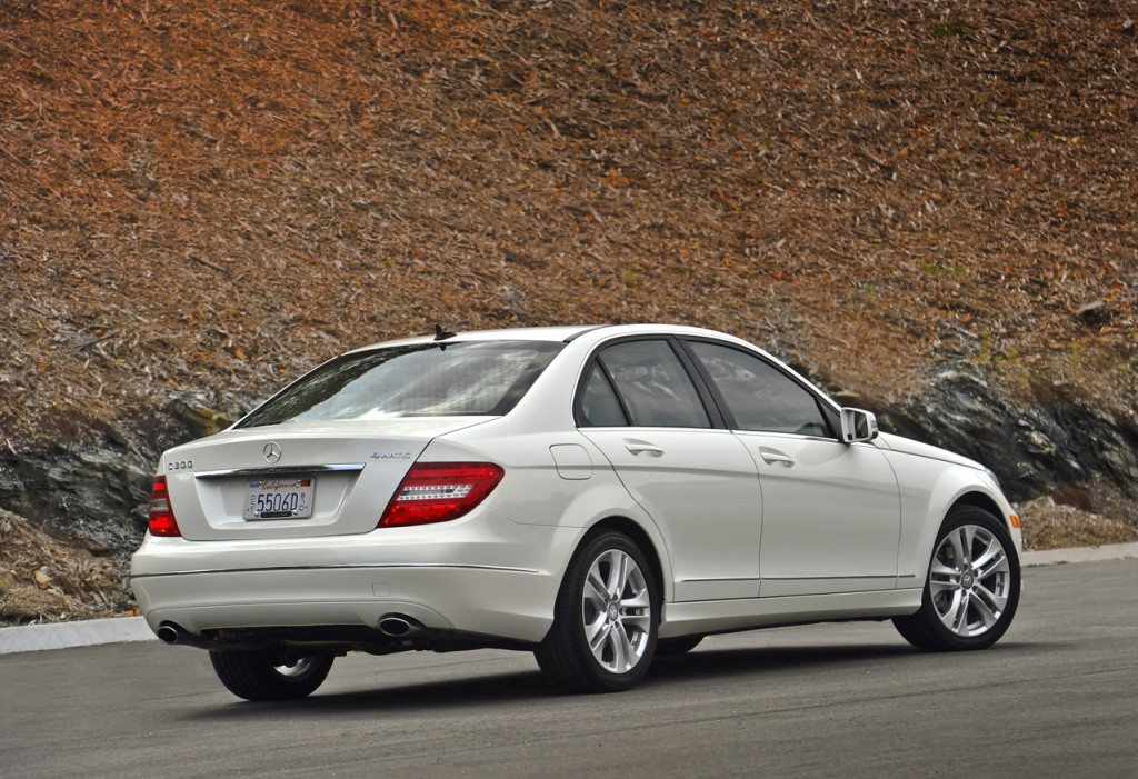 Mercedes benz clase c sed n 2013 lujo estilo dise o y for Mercedes benz of reno staff