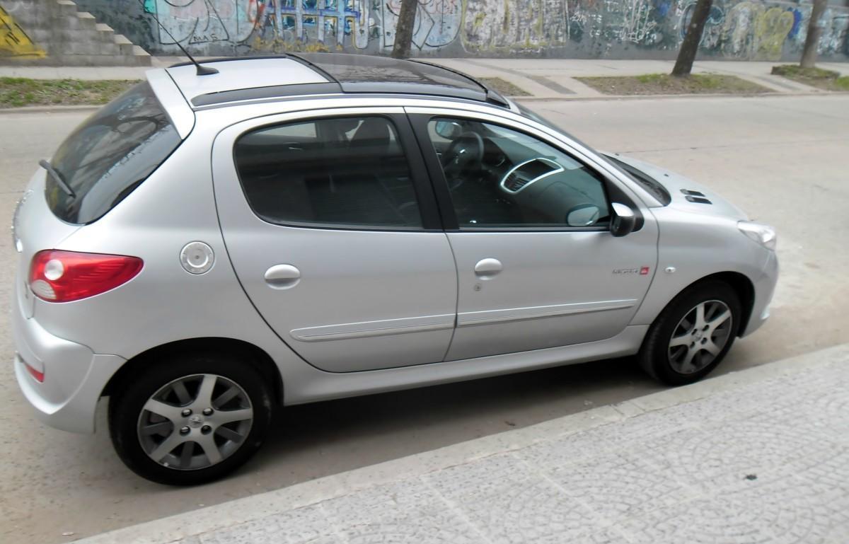 Peugeot 207 Compact 2013 Deportivo Atractivo Y Accesible