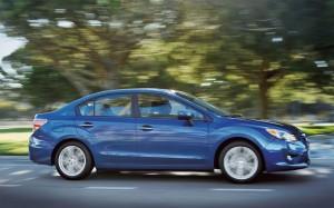 Subaru Impreza Sedán 2013: cómodo, elegante y confiable.