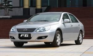BYD F6 2013: atractivo, equipado y muy económico.