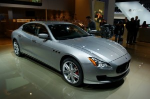 Maserati Quattroporte 2013: dinámica, seguridad y poderosos motores.