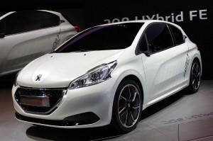 Peugeot 208 HYbrid FE Concept: un hibrido muy interesante.