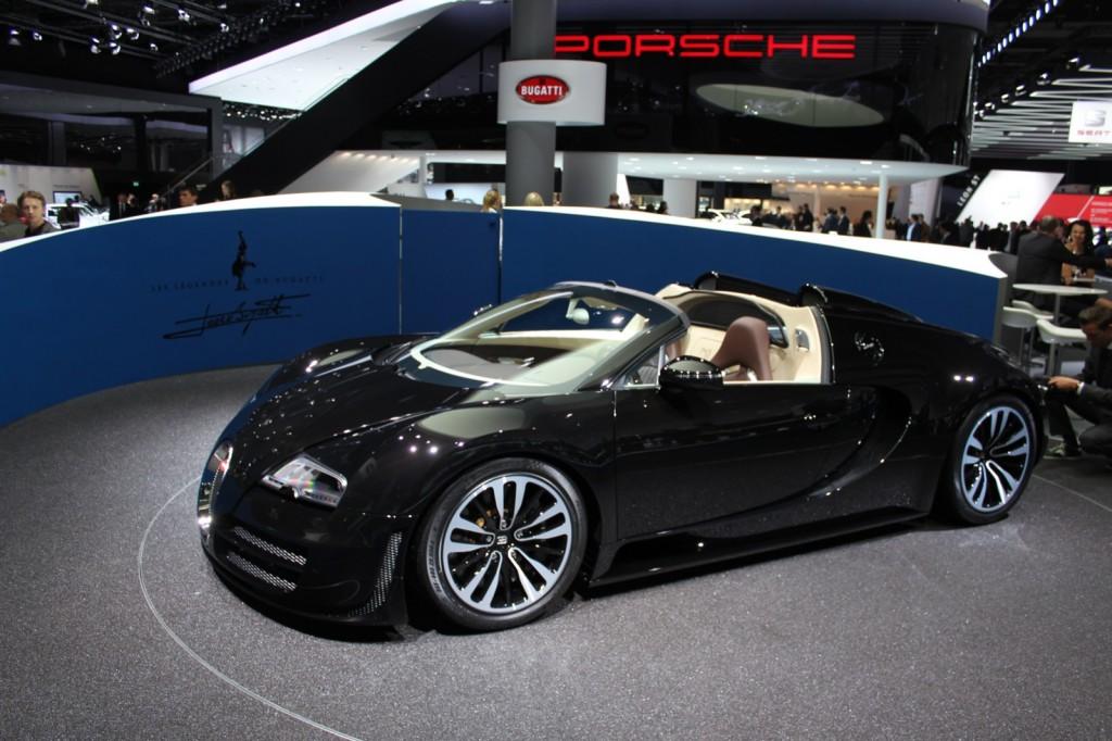 bugatti veyron grand sport vitesse lista de carros. Black Bedroom Furniture Sets. Home Design Ideas