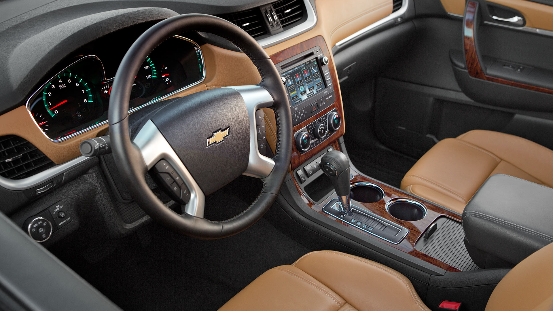chevrolet traverse 2014 talla desempe o calidad y comodidad lista de carros. Black Bedroom Furniture Sets. Home Design Ideas