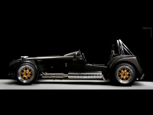 Caterham Performance RST-V8: veloz, potente y exclusivo.