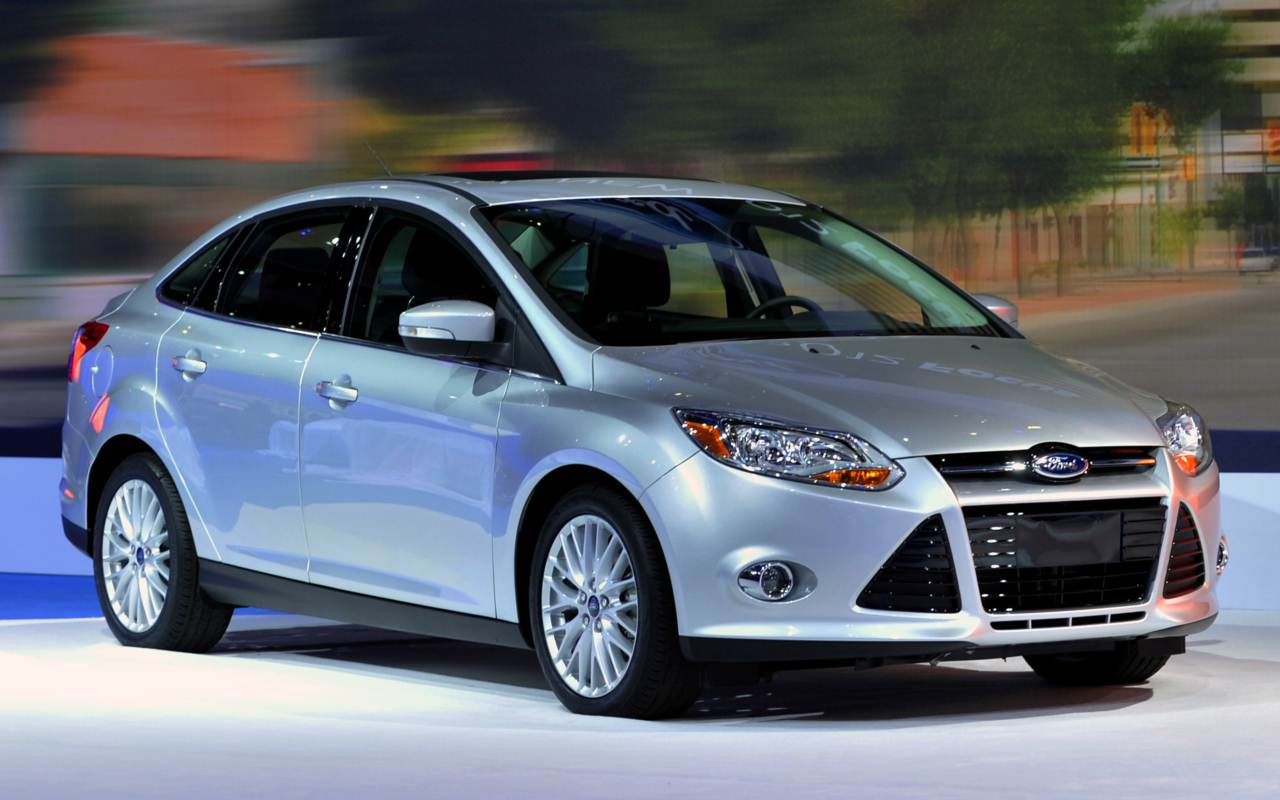 ford focus sedan 2014 dise o seguridad y tecnolog a lista de carros. Black Bedroom Furniture Sets. Home Design Ideas