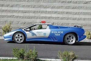 Top 10: Los mejores carros de policías del mundo (1)