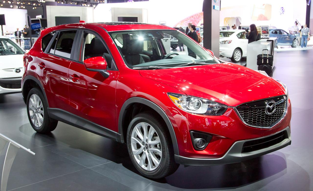 mazda cx 5 2014 dise o eficiencia tecnolog a y diversi n lista de carros. Black Bedroom Furniture Sets. Home Design Ideas