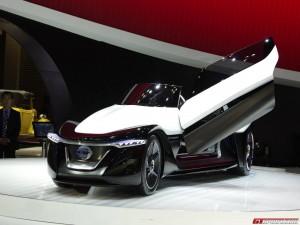 Nissan  BladeGlider Concept: un carro muy futurista.